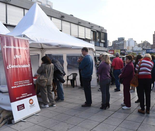 Unos 150 médicos realizaron el 28 de julio tests de detección de hepatitis (Rosario)